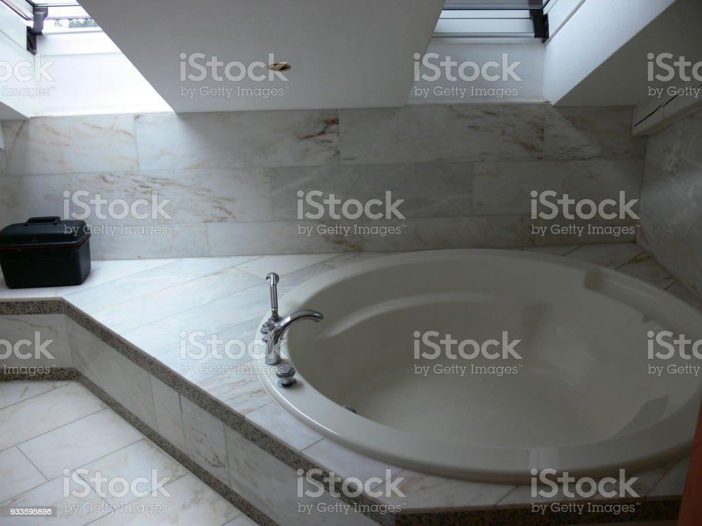 Modernes Bade-Zimmer stock photo