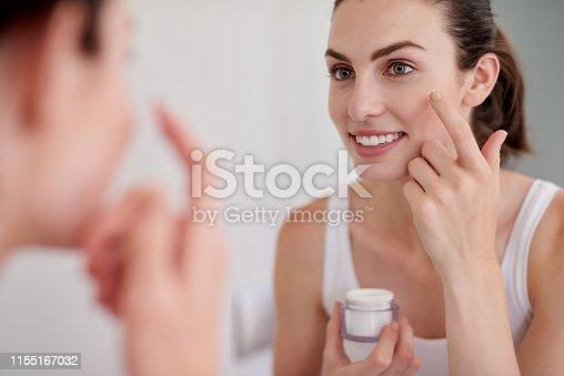1155167023istockphoto Moisturiser's add life to your skin 1155167032