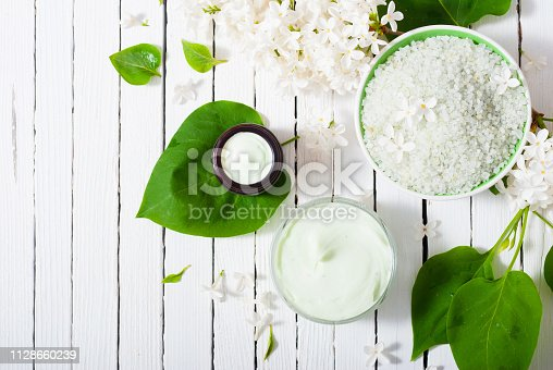 istock Moisturizer, white lilac 1128660239