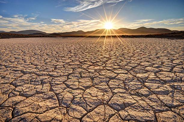 2 464 Dry Lake Bed Stock Photos Pictures Royalty Free Images Istock