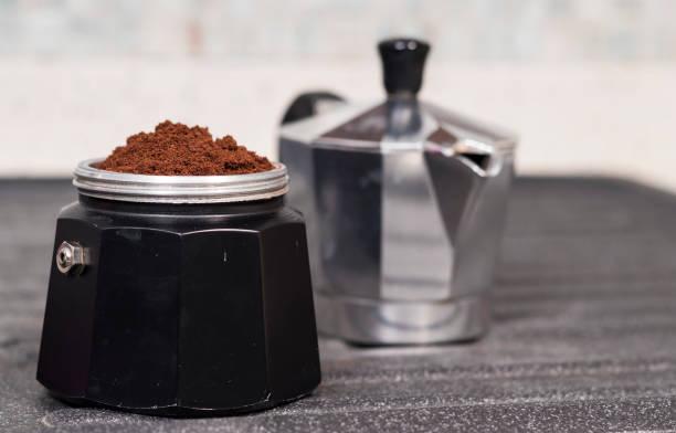moka für espresso - mocca stock-fotos und bilder