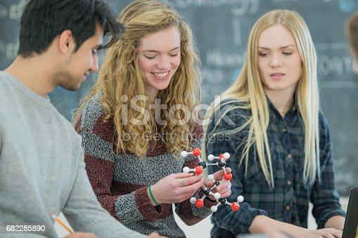 istock Molecular Model 682285890