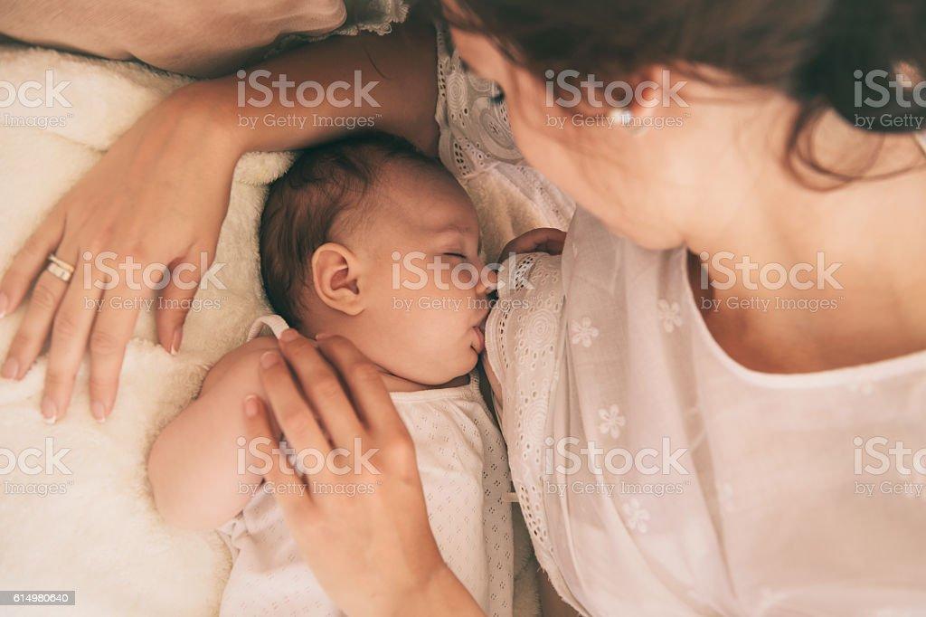 Mamá y bebé - foto de stock