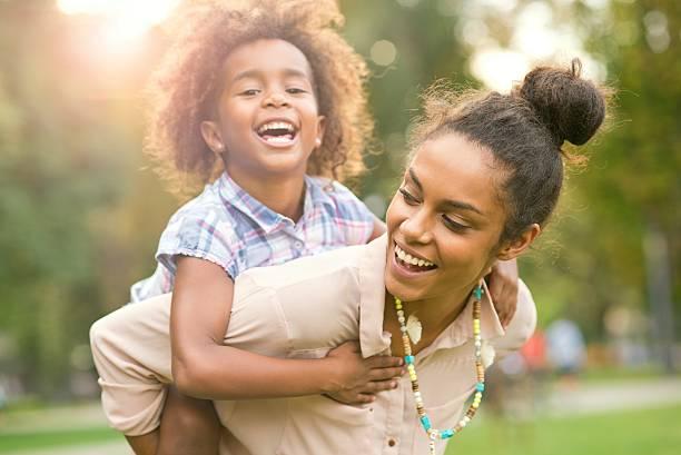 mom is my hero. - ferienpark stock-fotos und bilder