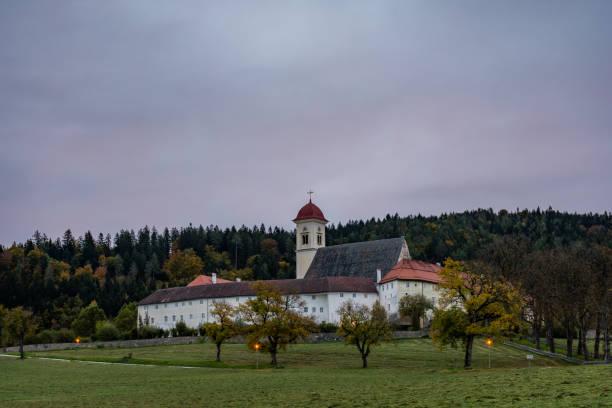 Kloster am Morgen – Foto