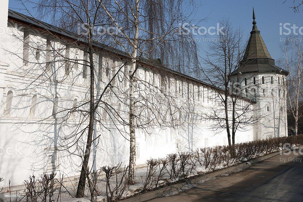 수도원 타워 및 벽 royalty-free 스톡 사진