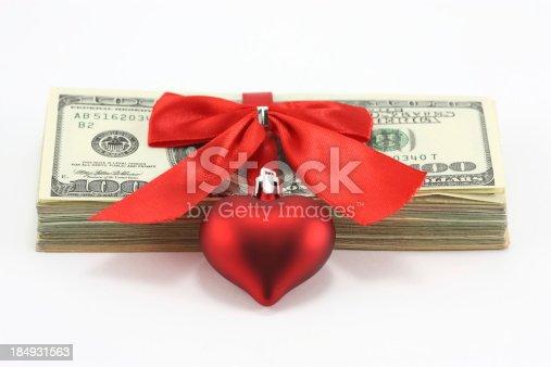 istock Money Gift 184931563