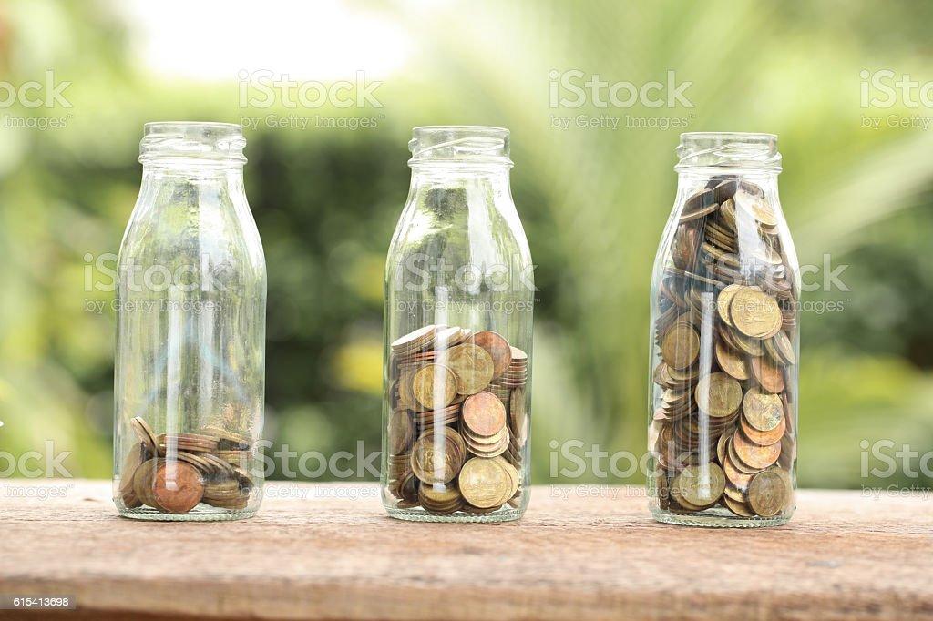 Geld in das Glas filtern Effekt mit retro-vintage-Stil – Foto