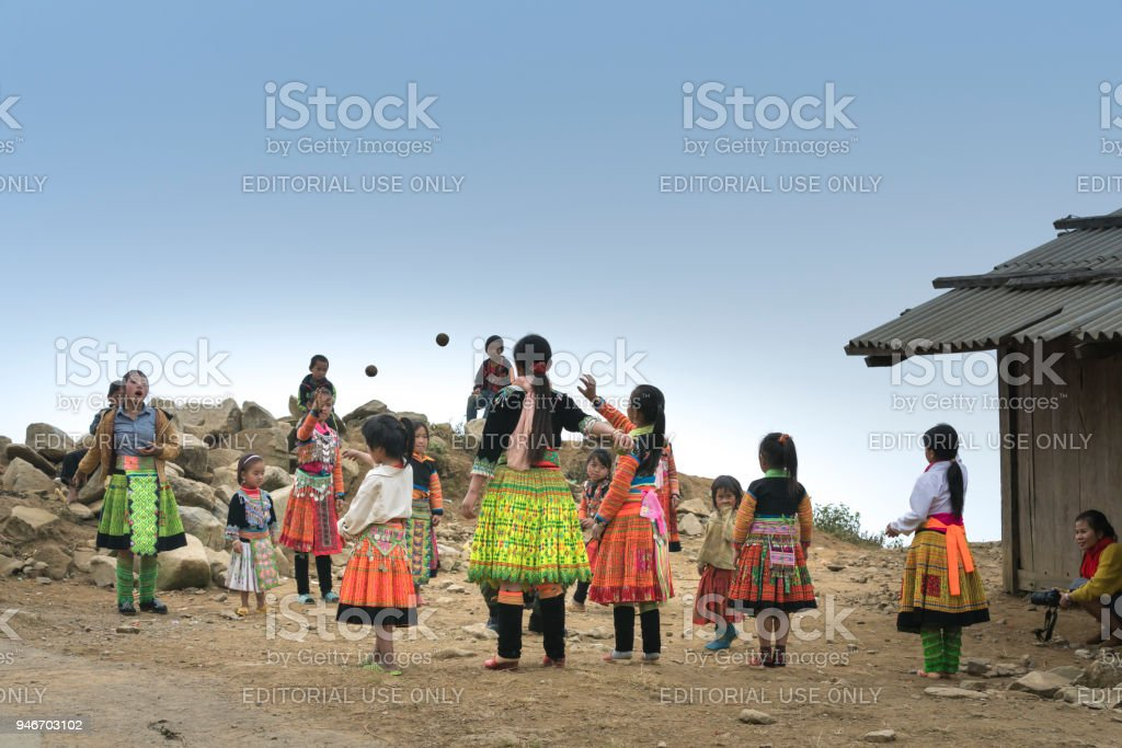 Hmong Children In Son La Vietnam In Time Hmong New Year At The End Of The Lunar Year Stock Photo Download Image Now Istock