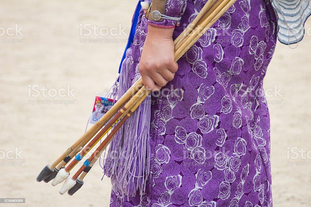 Mongolische weibliche archer in Naadam-Spiele Lizenzfreies stock-foto