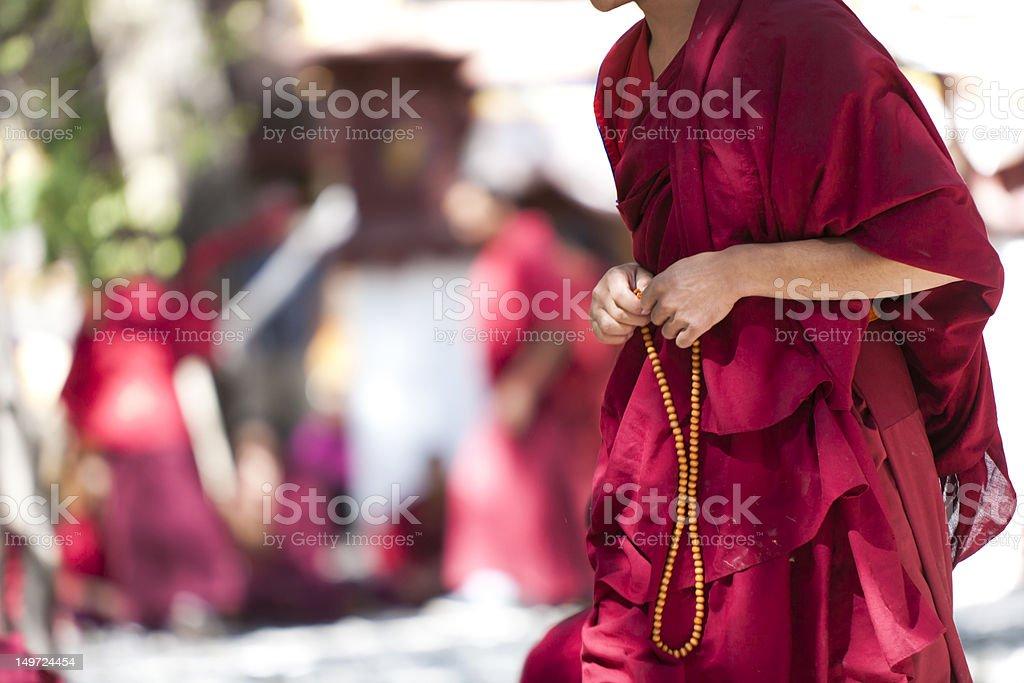 картинка монах с розой после
