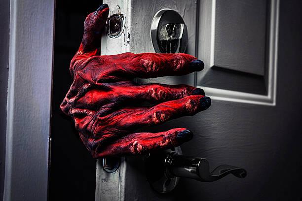 Monsters hand comming in the door picture id520220489?b=1&k=6&m=520220489&s=612x612&w=0&h=tuknkvr6rvicghcwj6ll1qqjgnij1wkvqxqrxtvxjp4=