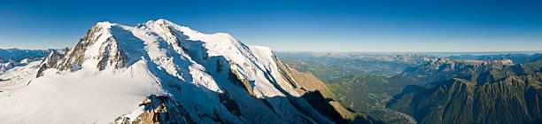 Mont-Blanc vue panoramique sur les Alpes du Jura - Photo