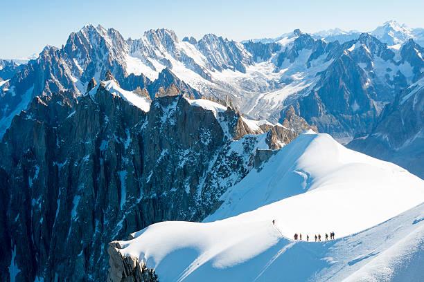 몽블랑 mountaineers - 몽블랑 뉴스 사진 이미지