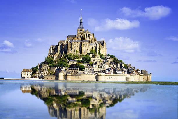 Mont saint Michel Mont saint Michel - Normandy - France manche stock pictures, royalty-free photos & images