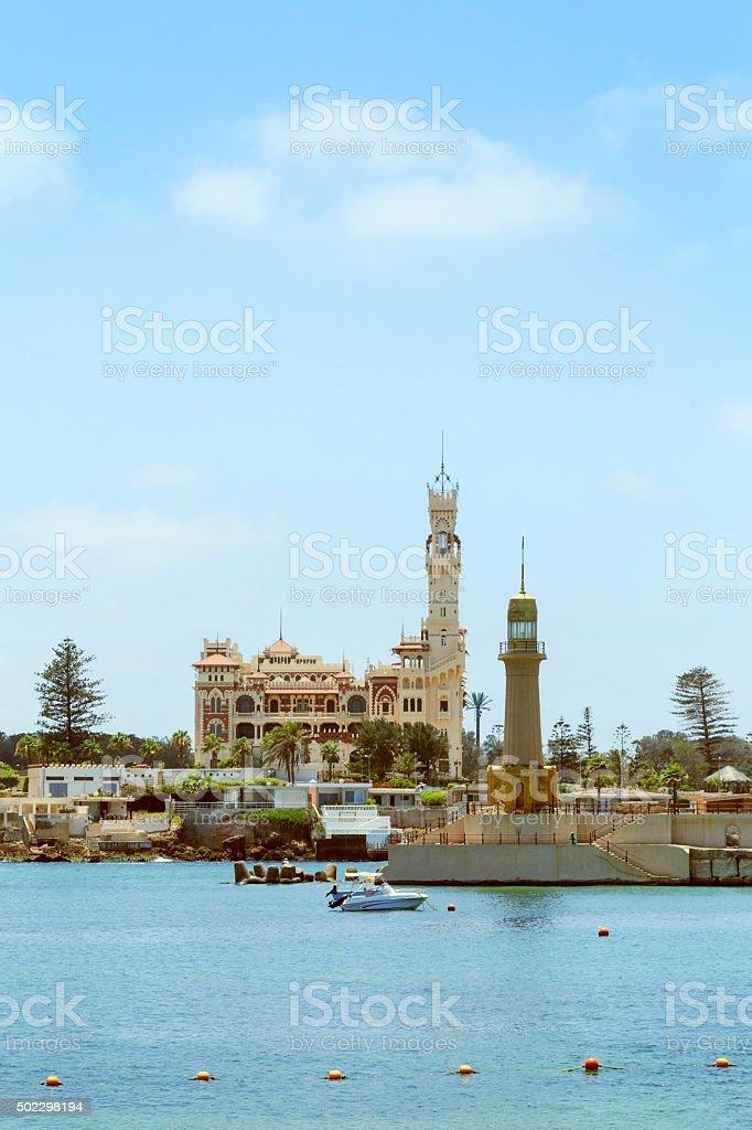 Montaza Palace e o farol, Alexandria, Egito. - foto de acervo