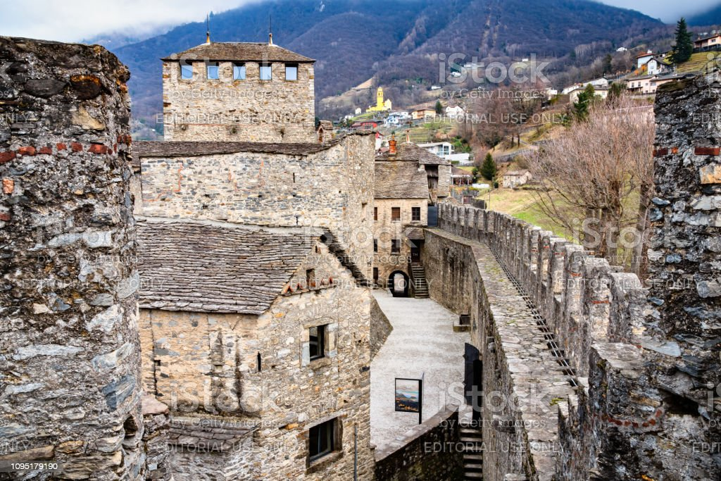 Castello di Montebello in Bellinzona, Switzerland - foto stock