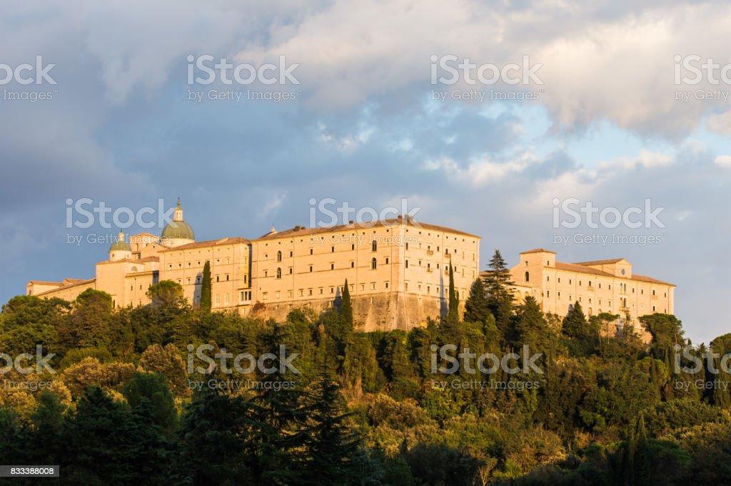 カッシーノイタリアのモンテ カッシーノ修道院 - イタリアのストック ...