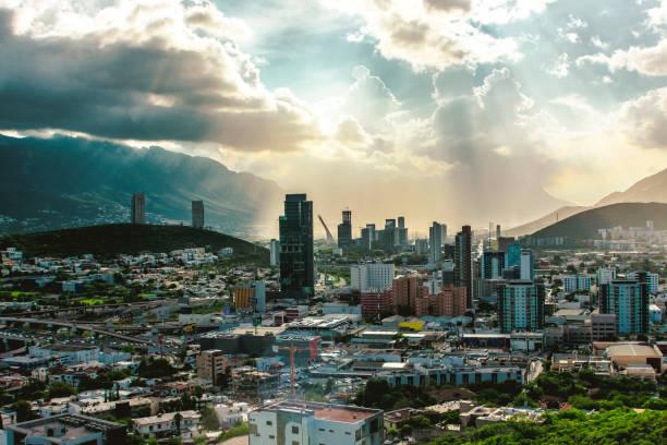 몬테레이 y 수호 씨에 - 멕시코 뉴스 사진 이미지