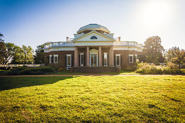 Monticello, House of Thomas Jefferson in Virginia, USA Charlottesville, Virginia, USA- September 2, 2013: The former US president Thomas Jefferson's estate near Charlottesville is a UNESCO world heritage site and a major touristic attraction charlottesville stock pictures, royalty-free photos & images