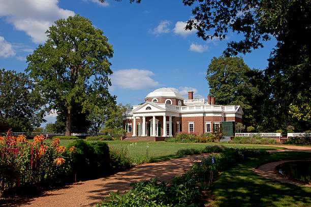 Monticello Charlottesville, Virginia, USA - August 22, 2010: Monticello, the home of Thomas Jefferson, the third president of the United States. Built in a neoclassical style of architecture, it is now a National Historic Landmark located outside of Charlottesville, VA. charlottesville stock pictures, royalty-free photos & images