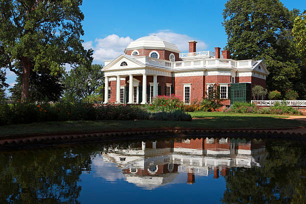 Monticello Charlottesville, Virginia, USA - August 22, 2010: Monticello, the home of Thomas Jefferson, the third president of the United States. Built in a neoclassical style of architecture, it is now a National Historic Landmark located outside of Charlottesville,  Va.. charlottesville stock pictures, royalty-free photos & images