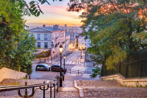 montmartre trappa, paris, frankrike - montmatre utsikt bildbanksfoton och bilder
