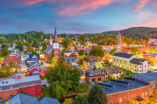 montpelier, vermont, usa skyline - town stock pictures, royalty-free photos & images
