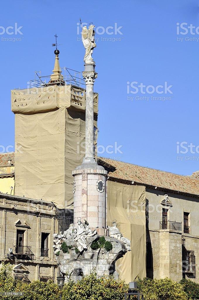 Monumento en Córdoba, España - foto de stock