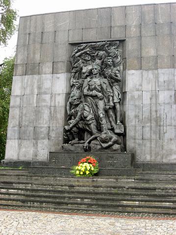 英雄記念碑ゲットー - 2015年のストックフォトや画像を多数ご用意