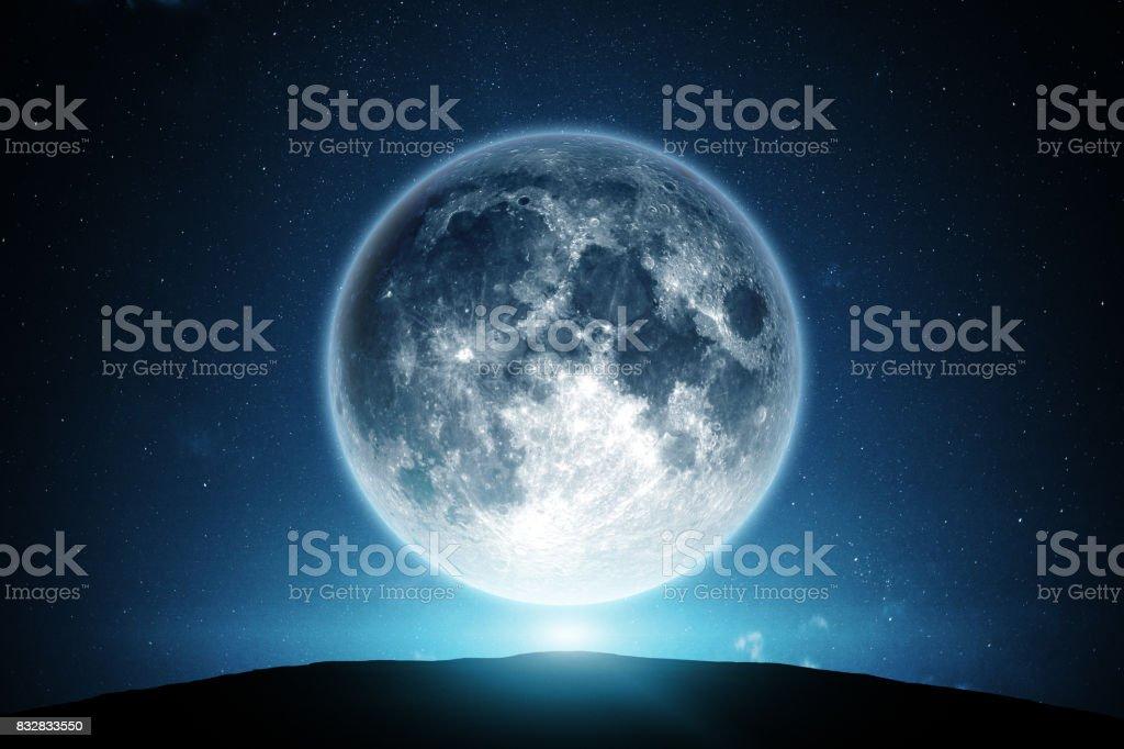 月と夜空 ストックフォト