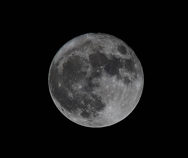 la lune dans la nuit - pleine lune photos et images de collection