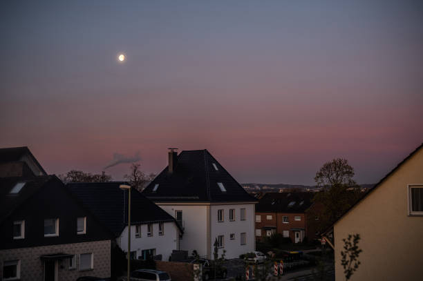 Mond über Bielefeld – Foto