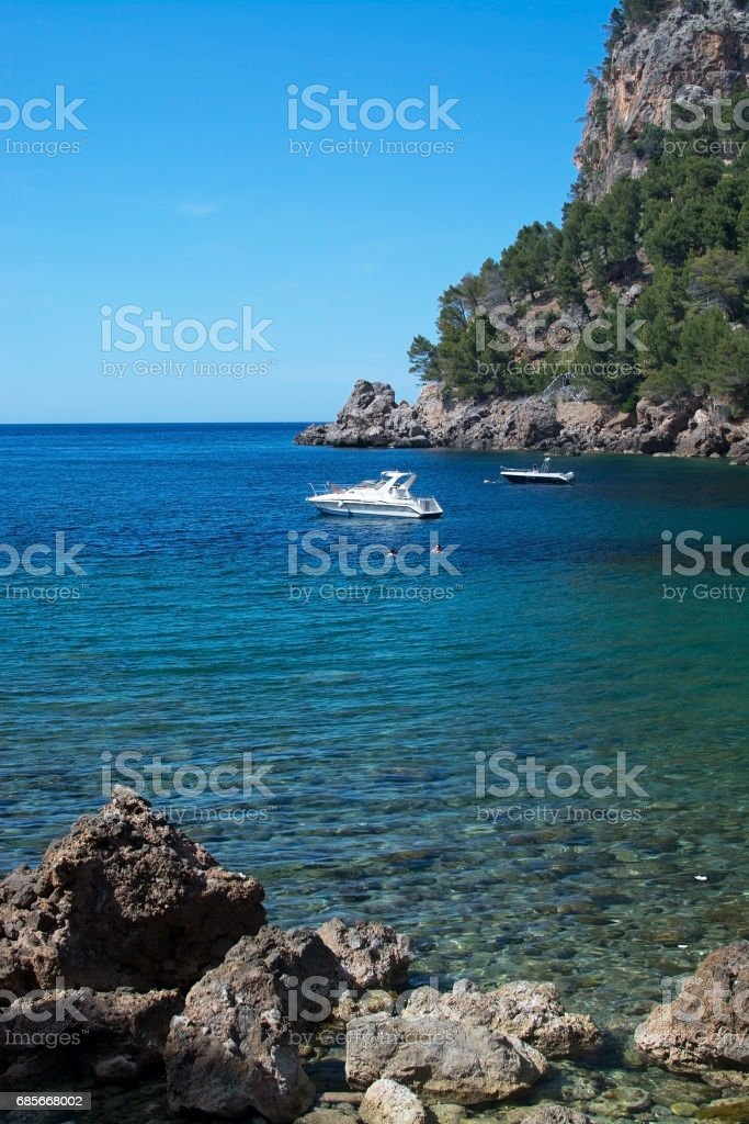 Moored boat and sea Mallorca royalty-free 스톡 사진