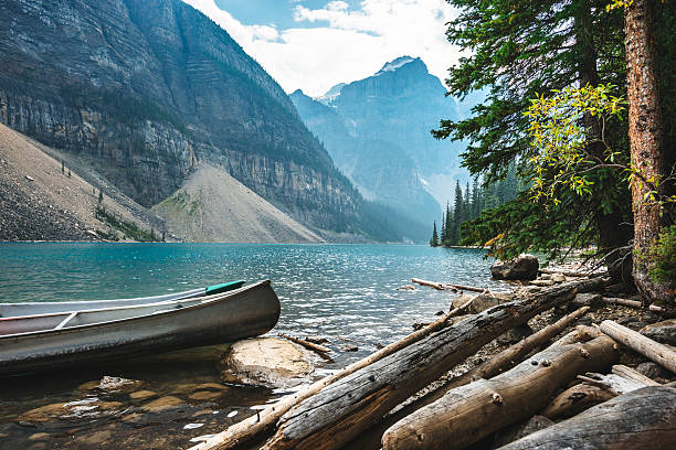 moraine lake in banff national park - canada - banff national park stock photos and pictures