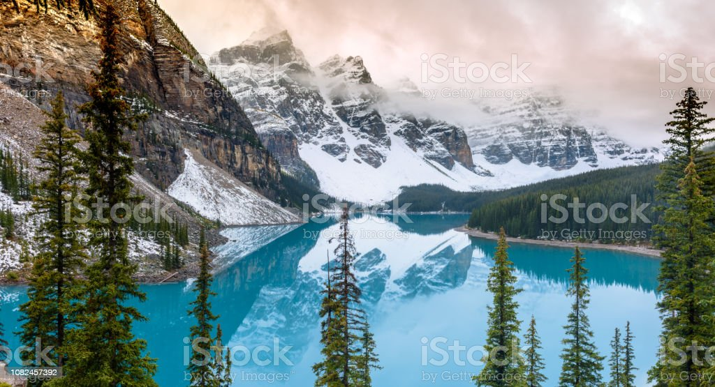Moraine Lake In Winter Stock Photo Download Image Now Istock