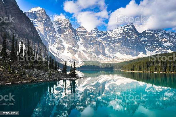 Moraine Lake Rocky Mountains Canada Stock Photo - Download Image Now