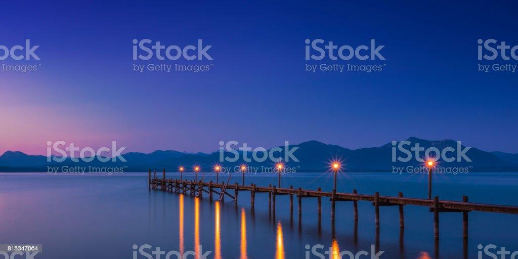 Morgengrauen am Chiemsee stock photo