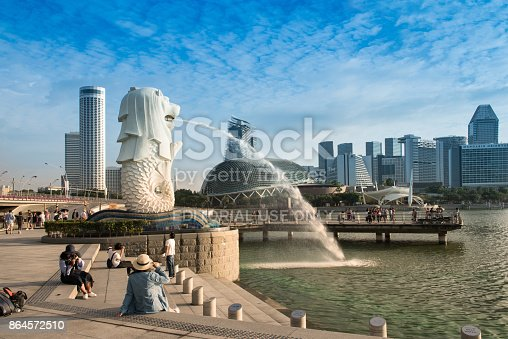 istock Morning at Merlion and Marina bay 864572510