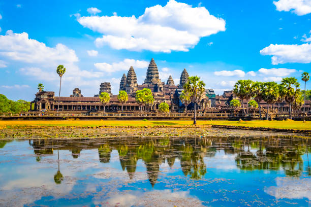 Blauen Morgenhimmel Angkor Wat in Kambodscha Reisen Landschaftsfoto – Foto