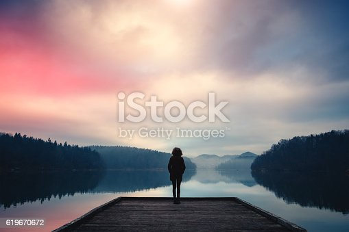 619670604 istock photo Morning By The Lake 619670672