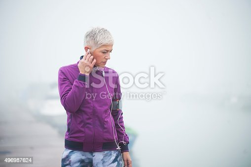 497687118istockphoto Morning jogging 496987624