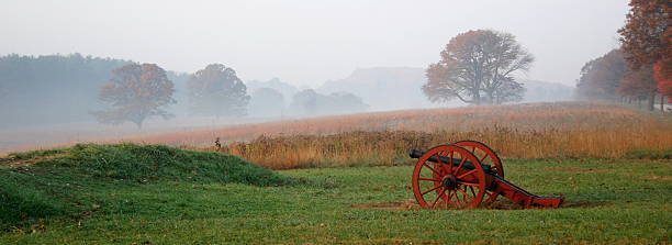 Morning Light At the Valley Forge National Park Early morning light at the Valley Forge National Park civil war memorial minnesota stock pictures, royalty-free photos & images