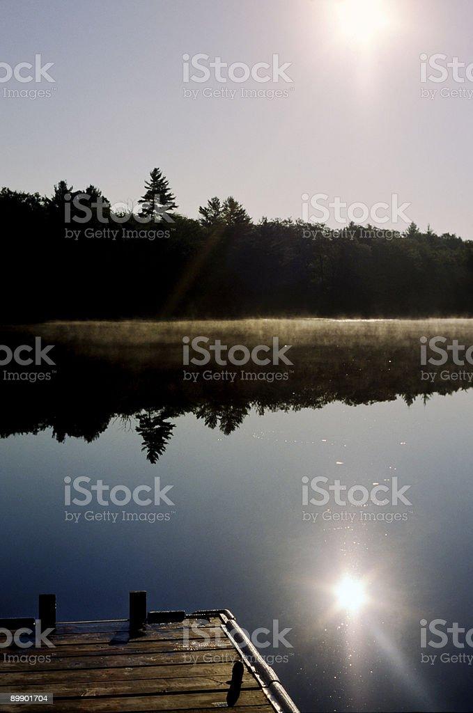 Утренний туман в Muskokas, Онтарио Стоковые фото Стоковая фотография