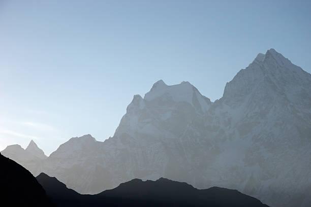 아침입니다 산 실루엣, Himalaya, 네팔 스톡 사진