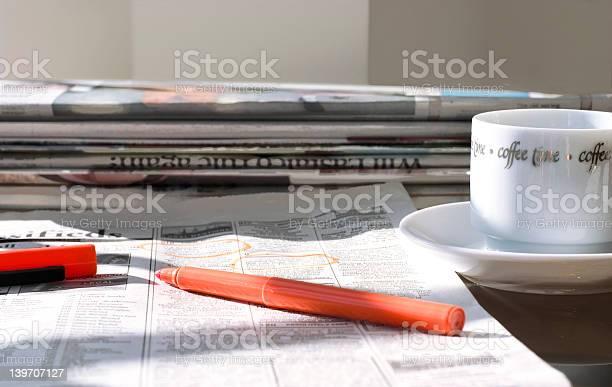 Morning newspapers picture id139707127?b=1&k=6&m=139707127&s=612x612&h=dwyuoufgtoyghczoedqxkp7rdwnng0mxxvd 4dzypza=