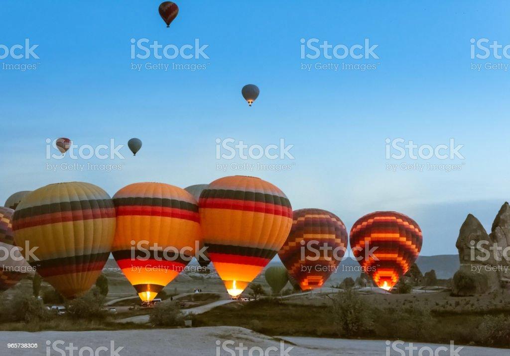 Morning start of Hot air balloon flying over Cappadocia. - Royalty-free Adulação Foto de stock