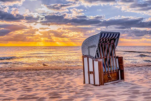 morning sun with beach chair - wellness ostsee stock-fotos und bilder