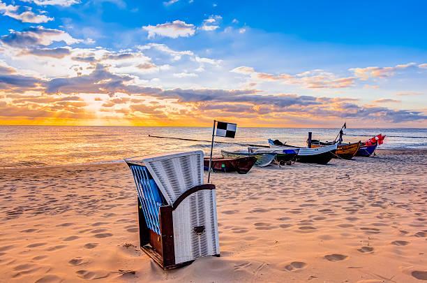 Morning sun with beach chair – Foto