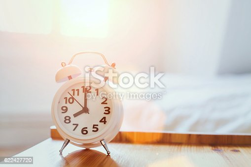 istock morning time background, alarm clock 622427720